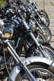 TOLYATTI RYSSLAND, JUNI 25, 2005: motorcykelshow av cyklister royaltyfria bilder