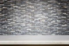 Tom överkant av naturlig bakgrund för stentabell- och stenvägg Arkivbild