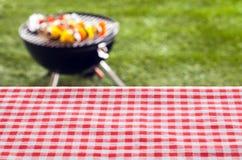 Tom bakgrund för picknicktabell Arkivfoto