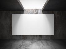 Tom baneraffischtavla för vit i mörkt betongväggrum med lig Royaltyfri Foto