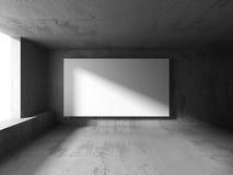 Tom baneraffischtavla för vit i mörkt betongväggrum med lig Royaltyfria Foton