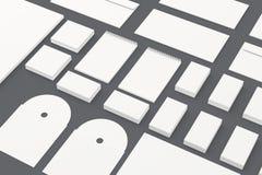 Tom brevpapper som brännmärker mallen som isoleras på grå färger Arkivbilder