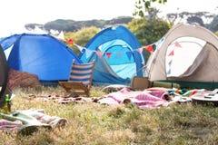 Tom campingplats på musikfestivalen royaltyfri fotografi