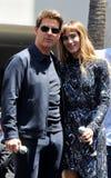 Tom Cruise und Sofia Boutella Stockbild