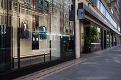 Tom Ford shoppar i gatan av London, England Royaltyfri Bild