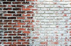 Tom gammal bakgrund för textur för tegelstenvägg med kopieringsutrymme Skalning av murbruktextur Bakgrund för tappningtegelstenvä Royaltyfria Foton