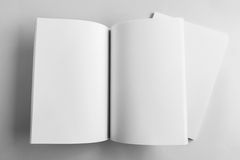 Tom katalog, tidskrift, bokmall med mjuka skuggor klart fotografering för bildbyråer