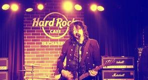 Tom Keifer Hard Rock Cafe, Bucharest, Rumänien Royaltyfri Foto