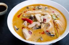 Tom Kha Kai-soep met paddestoelen Stock Afbeeldingen