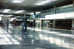 tom korridor för flygplats arkivfoto