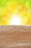 Tom lantlig trätabell med abstrakt sommarbakgrund Fotografering för Bildbyråer