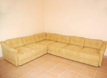 tom lokal för soffa Royaltyfri Fotografi