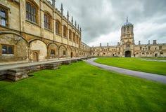 Tom Quad Iglesia de Cristo Universidad de Oxford inglaterra fotografía de archivo libre de regalías