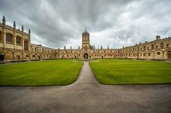 Tom Quad Universidade de Oxford inglaterra foto de stock royalty free