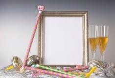 Tom silverramstilleben för nyårsafton med Champagne Royaltyfri Fotografi
