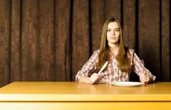 tom sittande tabellkvinna fotografering för bildbyråer