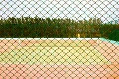 Tom tennisbana Arkivfoto
