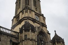 Tom Tower big clock in Oxford stock image