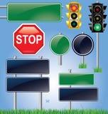 Tom vägmärke- och trafikljusset Fotografering för Bildbyråer