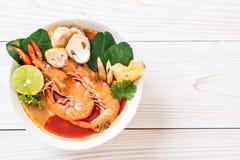 Tom Yum Goong Spicy Sour Soup fotografia de stock