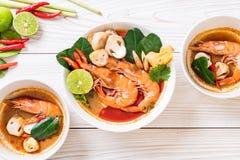 Tom Yum Goong Spicy Sour Soup imagem de stock royalty free