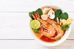 Tom Yum Goong Spicy Sour Soup fotografia de stock royalty free