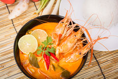 Tom Yum Goong, Thaise hete kruidige soepgarnalen Stock Afbeelding
