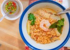 Tom Yum Soup delicioso em Banguecoque, Tailândia fotografia de stock royalty free