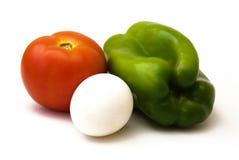 Tomaat, groene paprika en een ei royalty-vrije stock foto's