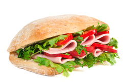 Tomaat, salami en pepersandwich Stock Foto