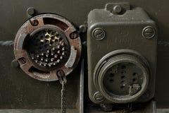 Tomada elétrica com tampa removida em anti aviões de WW 2 canhão Czechoslovak de 57 milímetros fotos de stock royalty free