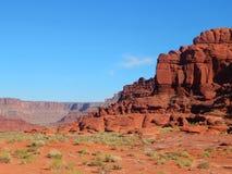 Tomar el camino viajó menos cerca de Moab Utah imágenes de archivo libres de regalías
