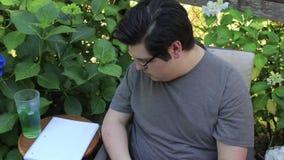 Tomar notas sobre patio metrajes