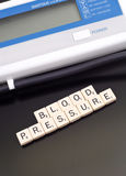 Tomar su presión arterial Fotografía de archivo libre de regalías