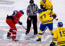 Tomas Kucharcik (17) and Jorgen Pettersson (77) on face-off Royalty Free Stock Photography