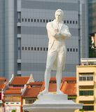 Tomas Stamford Raffles monument, Singapore. Statue of Sir Tomas Stamford Raffles - best known for his founding of the city of Singapore. He is often described as Stock Photography