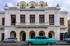Tomas Terry Theater in Jose Marti Park in Cienfuegos, Kuba lizenzfreie stockfotos