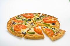 tomat för pizza för ny hemlagad champinjon för ost olive Fotografering för Bildbyråer