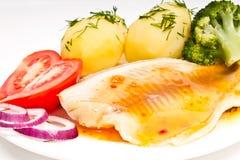 tomat för potatisar för dillfiléfisk Royaltyfria Bilder