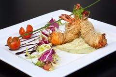 tomat för svanar för räka för sallad för lampa för dressingjumbogrönsallat Royaltyfri Bild