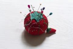 Tomat-formad klo med pinz Fotografering för Bildbyråer