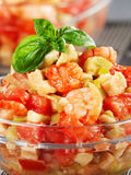 Tomat, räkor och avokadosallad Royaltyfria Foton