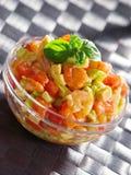 Tomat, räkor och avokadosallad Royaltyfri Fotografi