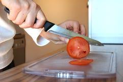 Tomate de découpage Photographie stock