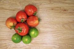Tomate et citron Photos libres de droits