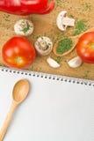Tomate et Paprika Recipes de champignon de persil d'ail Photographie stock libre de droits
