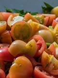 Tomate fresco cortado Fotos de Stock