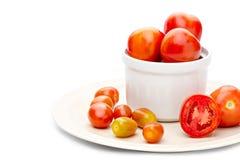 Tomate grande e tomate pequeno Fotografia de Stock Royalty Free