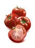 3 tomate inteiro e metade no fundo branco Foto de Stock Royalty Free