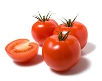 Tomate isolado no thebackground branco Fotos de Stock Royalty Free